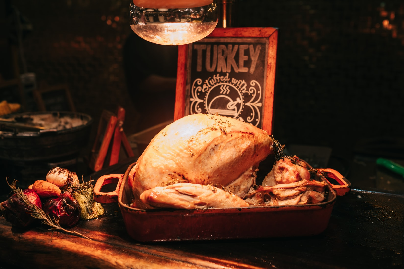 How to Cook a Turkey in an Electric Roaster – Thanksgiving Made Easy