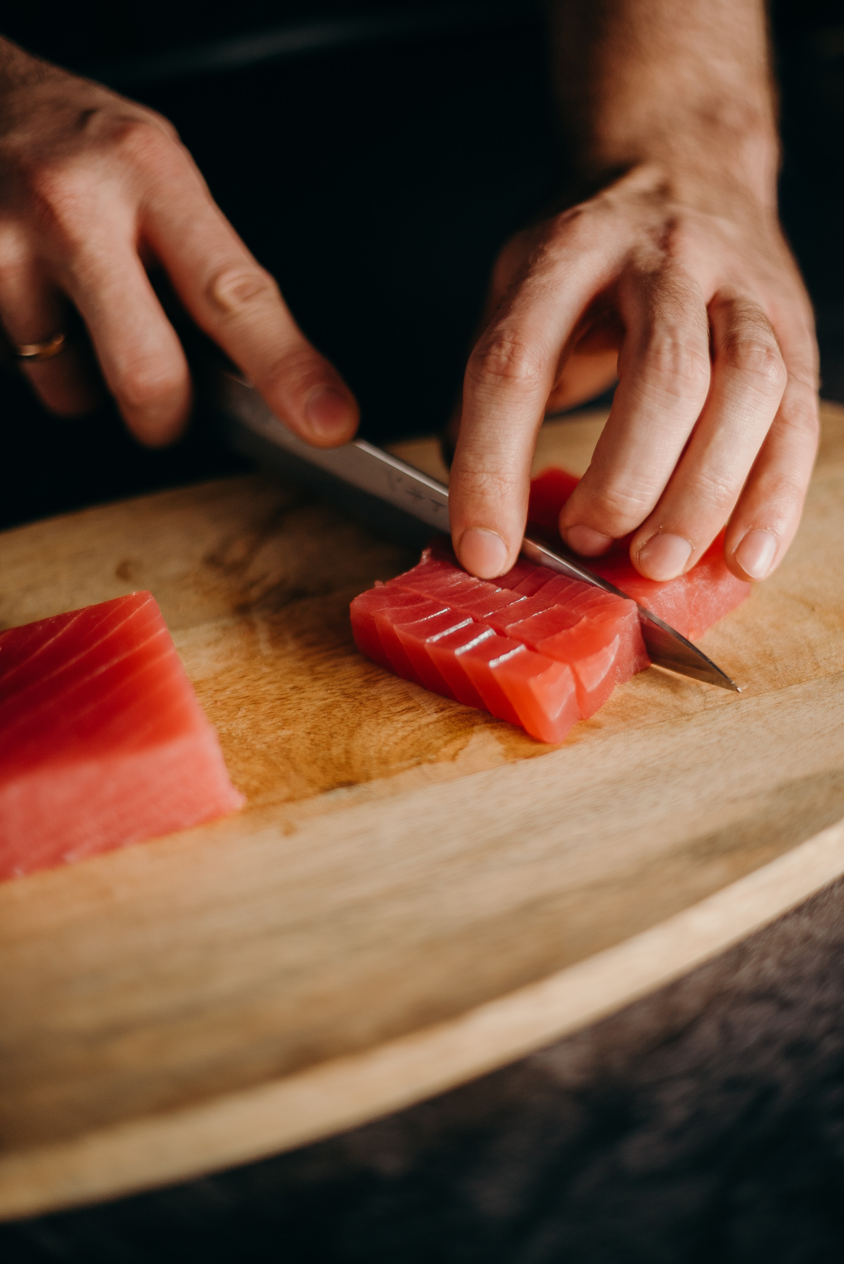 Best Shun Sushi Knives: The Art of Cutting and Slicing