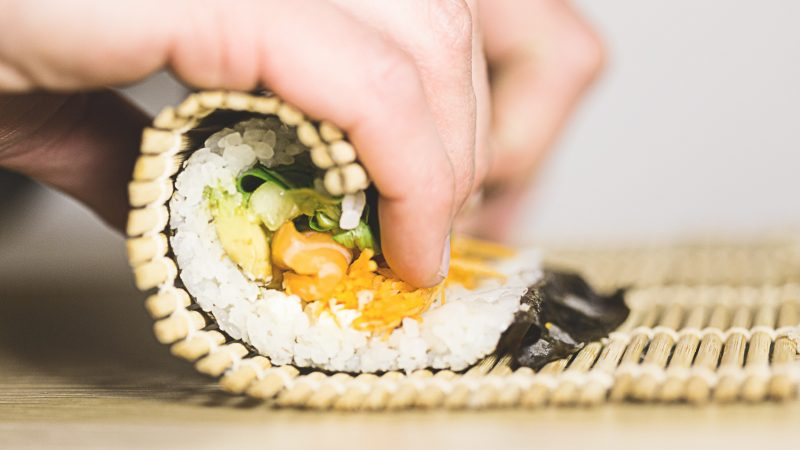 Best Sushi Rolling Mat that Rolls Like a Royce